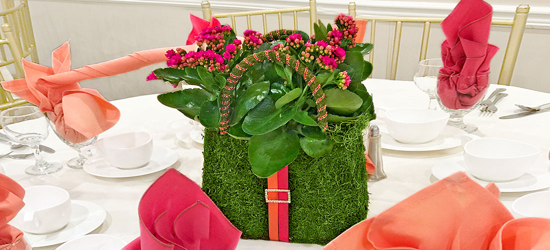 Emerald Moss Purse Tabletop Centerpiece