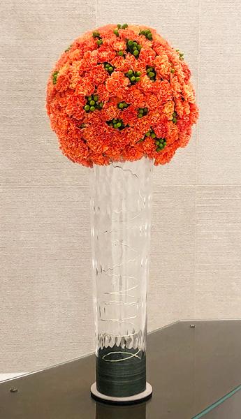 Luludi Living Art 75 Rockefeller Floral Display