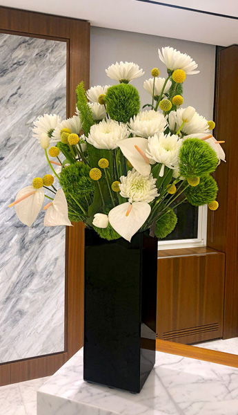 Luludi Living Art 530 Fifth Ave Floral Display